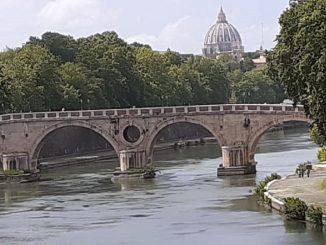 Il ponte Garibaldi teatro della tragedia