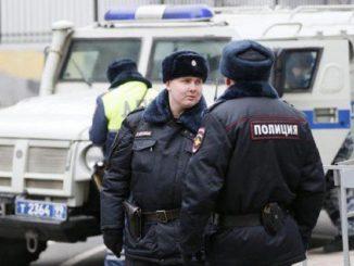Russia, accoltella passanti a Ekaterinburg: tre vittime