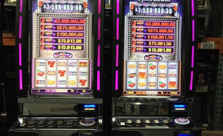 Due slot machines