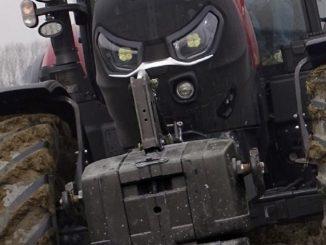 Un trattore può uccidere se guidato con imperizia