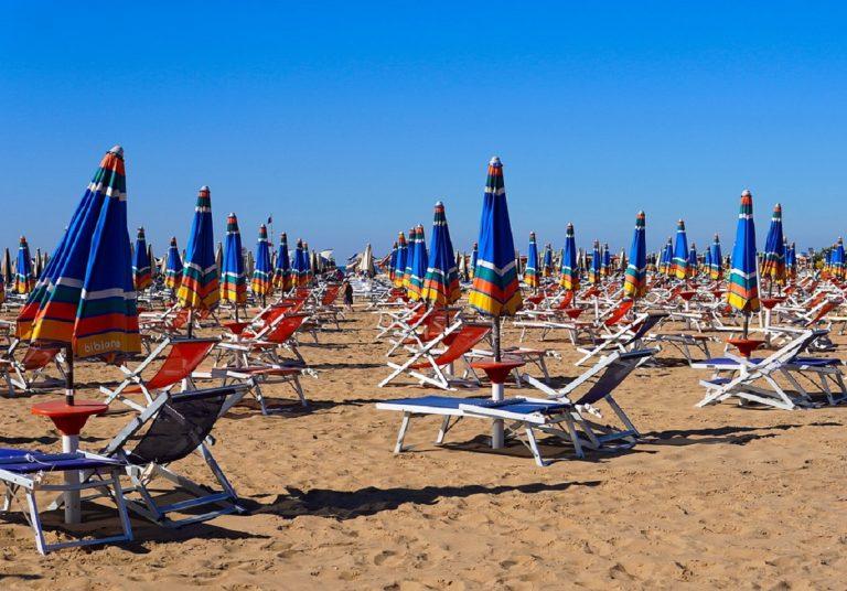 Riaperture spiagge estate 2021