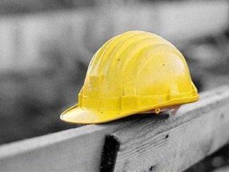 incidente lavoro morto operaio varese