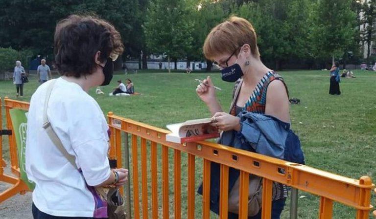 a luglio forse non useremo più la mascherina all'aperto