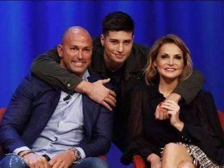 Niccolò Bettarini con i genitori