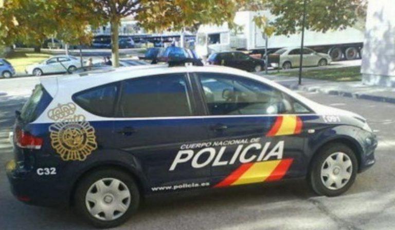 Ibiza coppia cade balcone