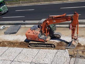 Un'immagine di lavori di manutenzione autostradale