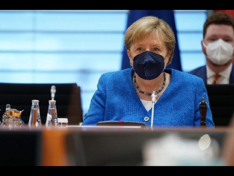 Regno Unito, la proposta della Merkel della quarantena