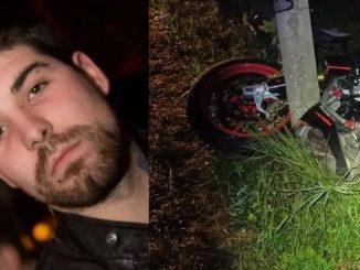 Pietro Rossi e la sua moto distrutta dall'impatto