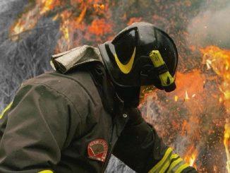 Scatta il piano prevenzione incendi a Napoli