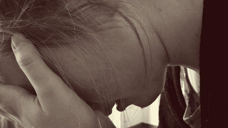 Abusi su ragazza disabile a Taranto: 8 indagati