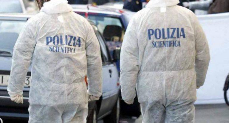 Livorno, donna trovata morta in casa: ipotesi omicidio