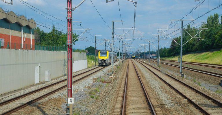 Incidente per un uomo nella stazione treni Pieve Emanuele