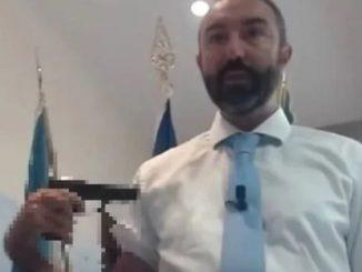 Lazio consigliere Barillari pistola