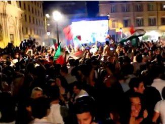 Vietati i maxi schermi in molte grandi piazze italiane
