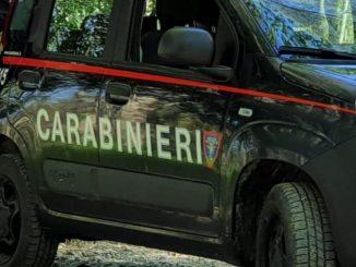 Moglie uccide marito e chiama i carabinieri