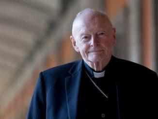 Ex cardinale Theodore McCarrick incriminato per pedofilia
