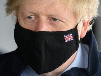 Nel Regno Unito arriva lo stop alle restrizioni anti-covid