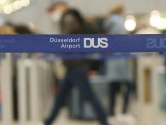 accoltellamento aeroporto dusseldorf germania