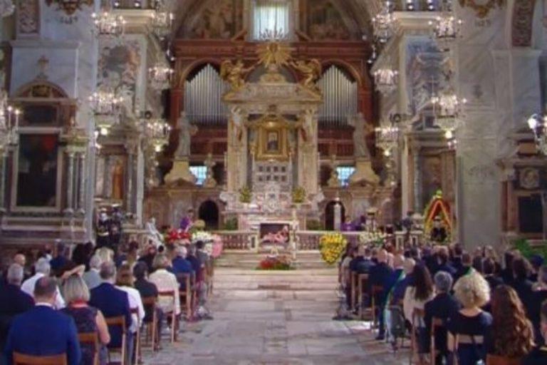 Funerali Raffaella Carrà 2