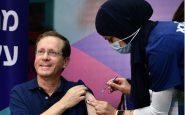 Israele: il presidente Herzog riceve la terza dose di vaccino