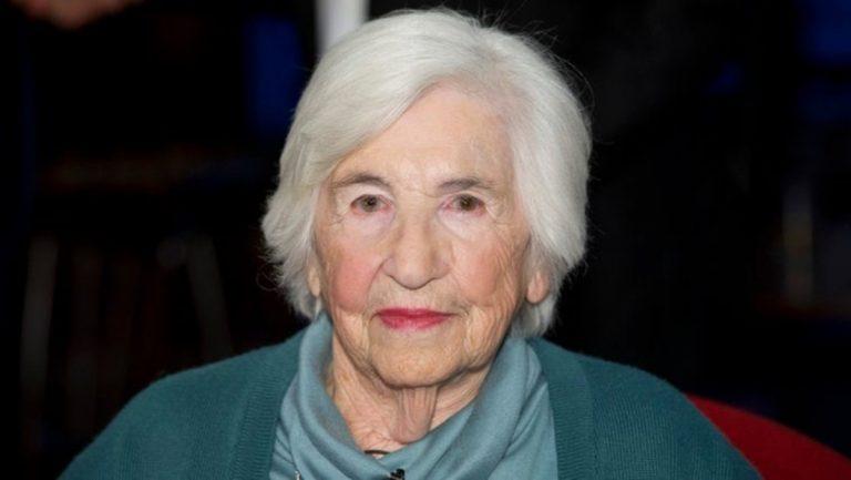 Esther Bejarano, morta l'ultima donna dell'orchestra di Auschwitz: aveva 96  anni