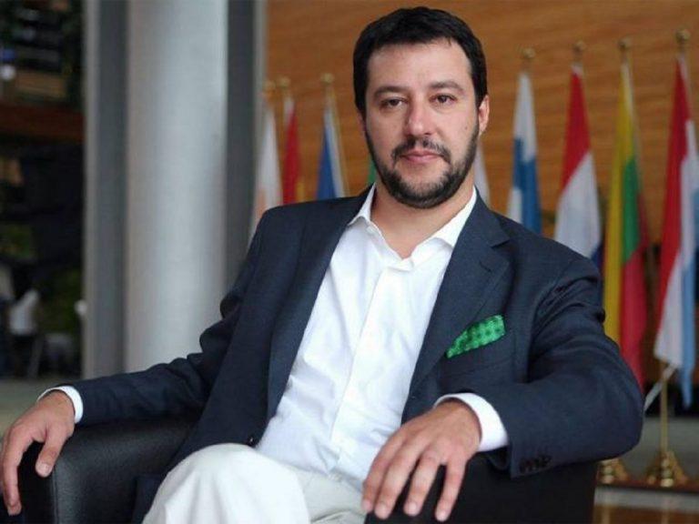Salvini parla di razzismo contro i giova i per la non riapertura delle discoteche