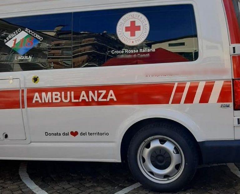Un'ambulanza del 118 de L'Aquila