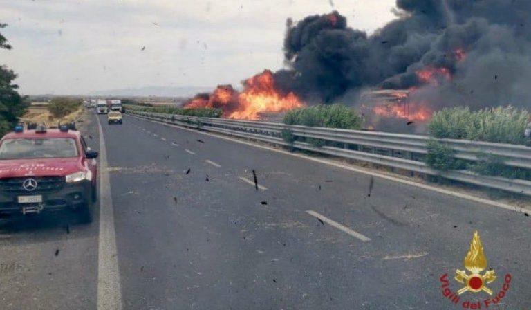 Autocisterna esplosa statale Foggia