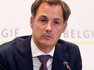 Scandalo in Belgio: premier perde la testa per una pornostar