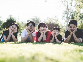 Cina, approvata la nuova legge sulle famiglie: ogni coppia potrà avere tre figli