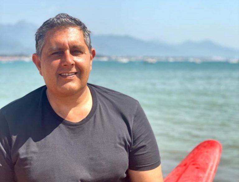 Giovanni Toti risponde ai no vax