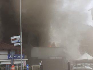 Incendio nella concessionaria Massimino di Savigliano