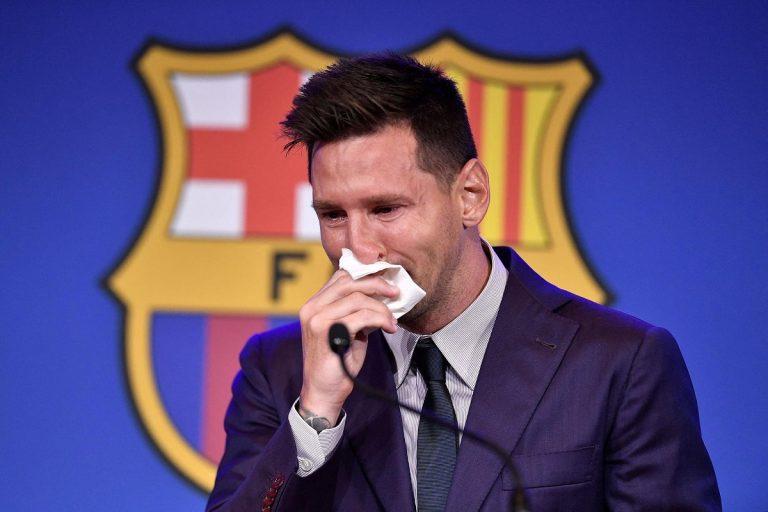 Messi, addio al Barcellona in lacrime: la conferenza stampa
