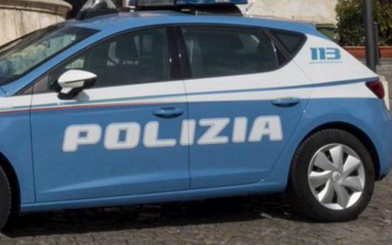 Tassista abusivo scoperto a Bari