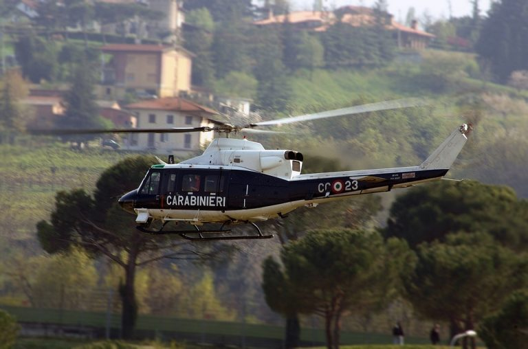 Ricerche carabinieri dopo party lago di mezzano