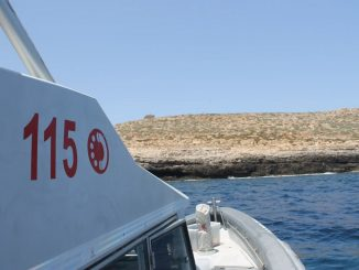 Una unità navale del 115 di Lampedusa