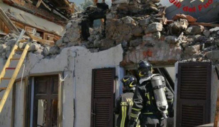 Casa crollata Pontremoli