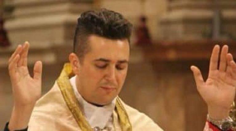 Don Spagnresi quando celebrava messa