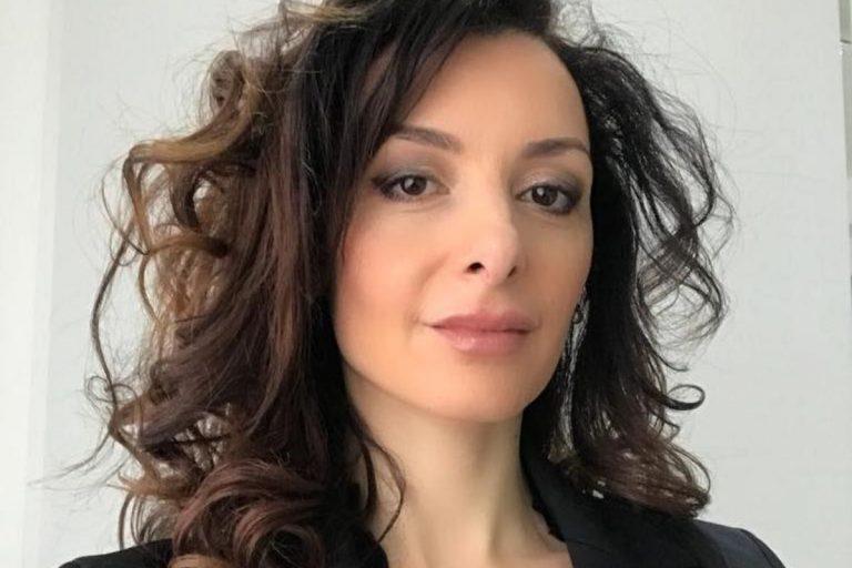 Francesca Benevento vaccino microchip