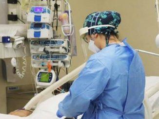 Morta perché a detta di suo figlio contagiata da un'infermiera no vax