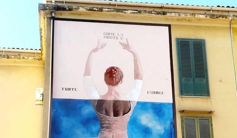 Murales per la bimba morta in un incidente a Palermo