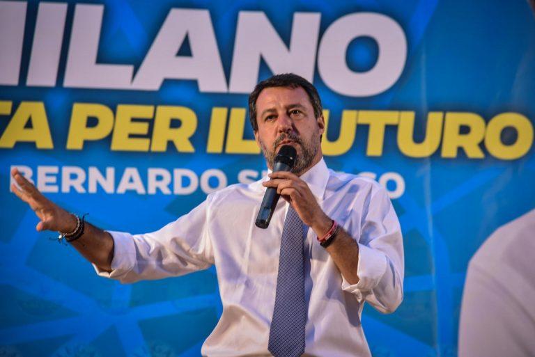 Matteo Salvini in comizio a Milano