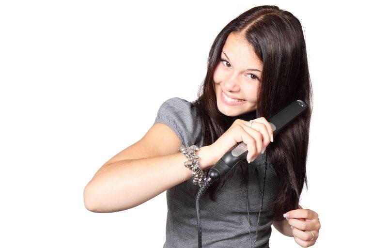 Piastra per capelli professionale: il miglior modello del 2021