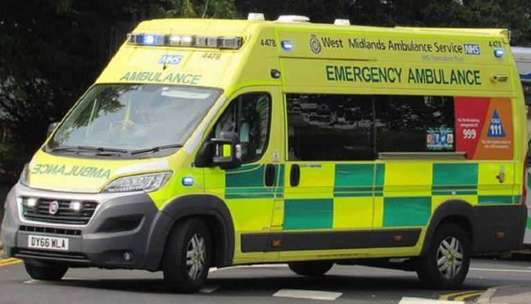Ambulanza sbaglia indirizzo, uomo muore di Covid
