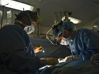 Black out in sala operatoria a Bari