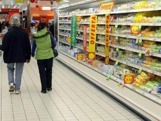 Frammenti di vetri in diversi alimenti venduti nei supermercati: scatta il ritiro del Ministero