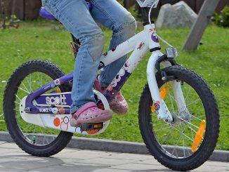 Incidente mortale per una bambina in bici