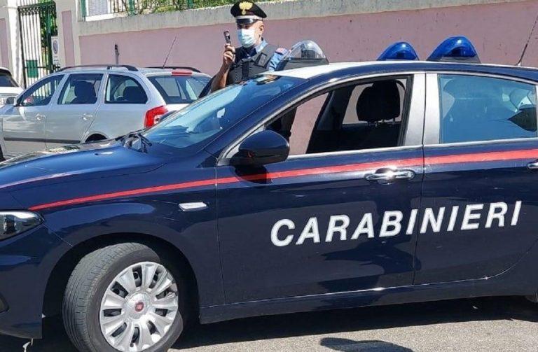 I carabinieri arrestano uno stalker