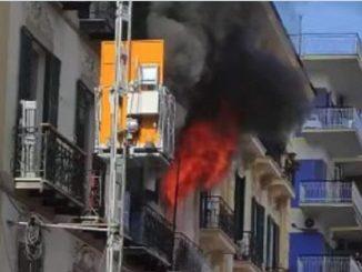 Incendio Napoli