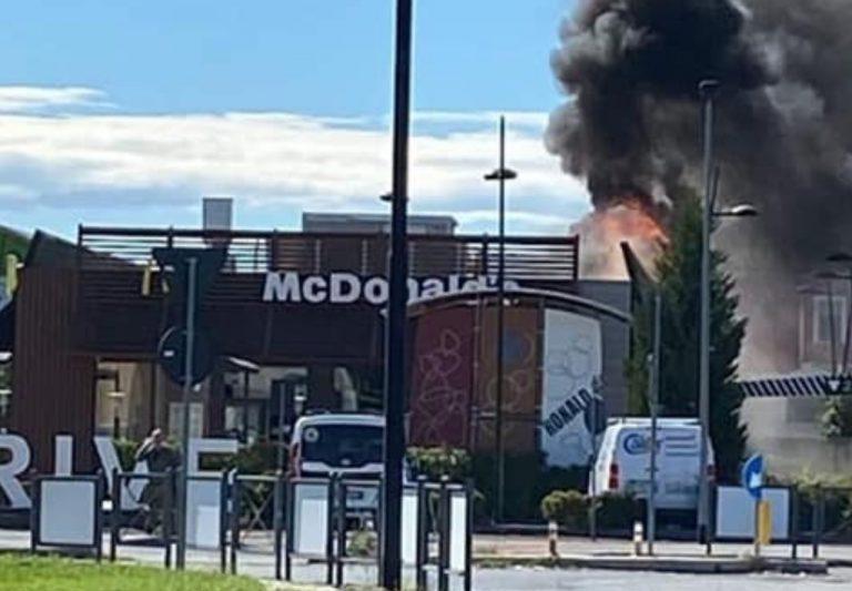 Incendio nel McDonald's di Alessandria